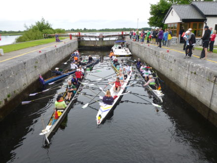 Colourful passage during the FISA World Rowing Tour Ireland