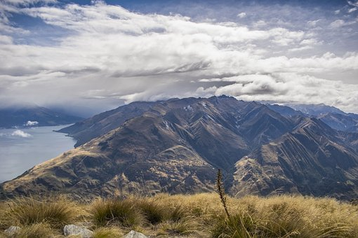 hiking on the South Island, New Zealand